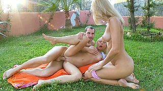 Sweet teens fucking in a park
