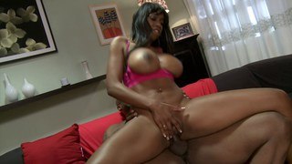 Ebony MILF mounted like a wild mare