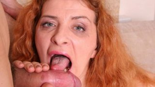 Mature babe sits on young cock