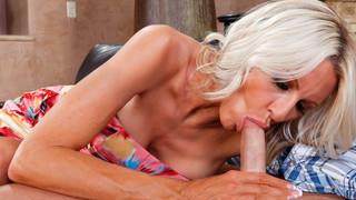 seduced by a cougar julia ann