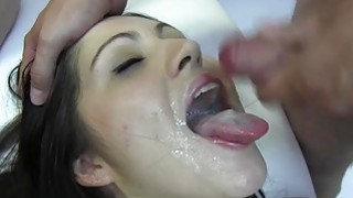 PUTA LOCURA Amateur Teens enjoy bukkake