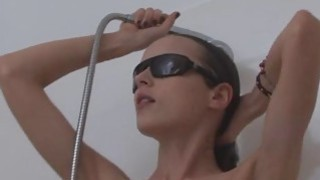 Slim sweetie shows her juicy ass slit in a shower