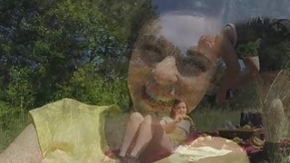 Bigtit gf fucked while on picnic