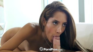 Chloe Amour blows with style