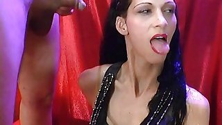 European babe enjoys drinking piss and banging