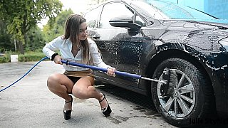 Erotic car washing video