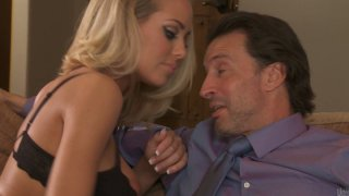 Hot and sexy Nicole Aniston seduces the dude to fuck and practice 69 position